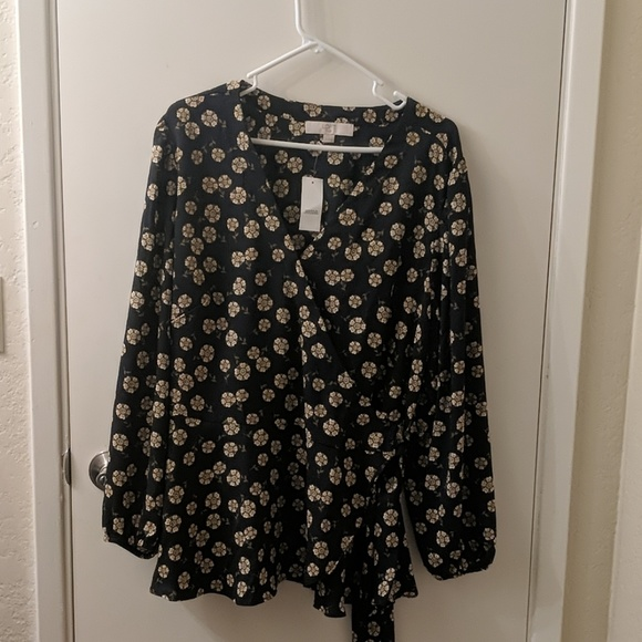 LOFT Tops - NWT Loft wrap blouse